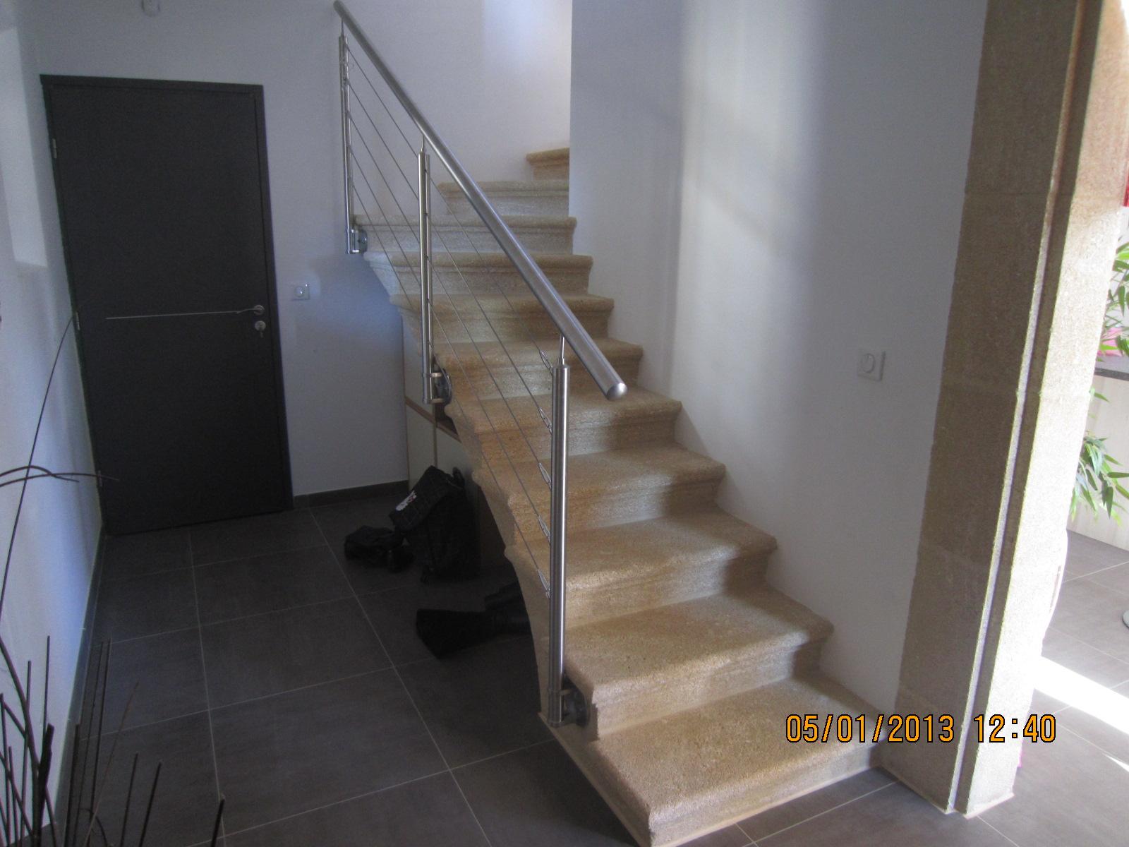 escalier int rieur en pierre tailleur de pierres marseiile d coration proven ale pierres de. Black Bedroom Furniture Sets. Home Design Ideas