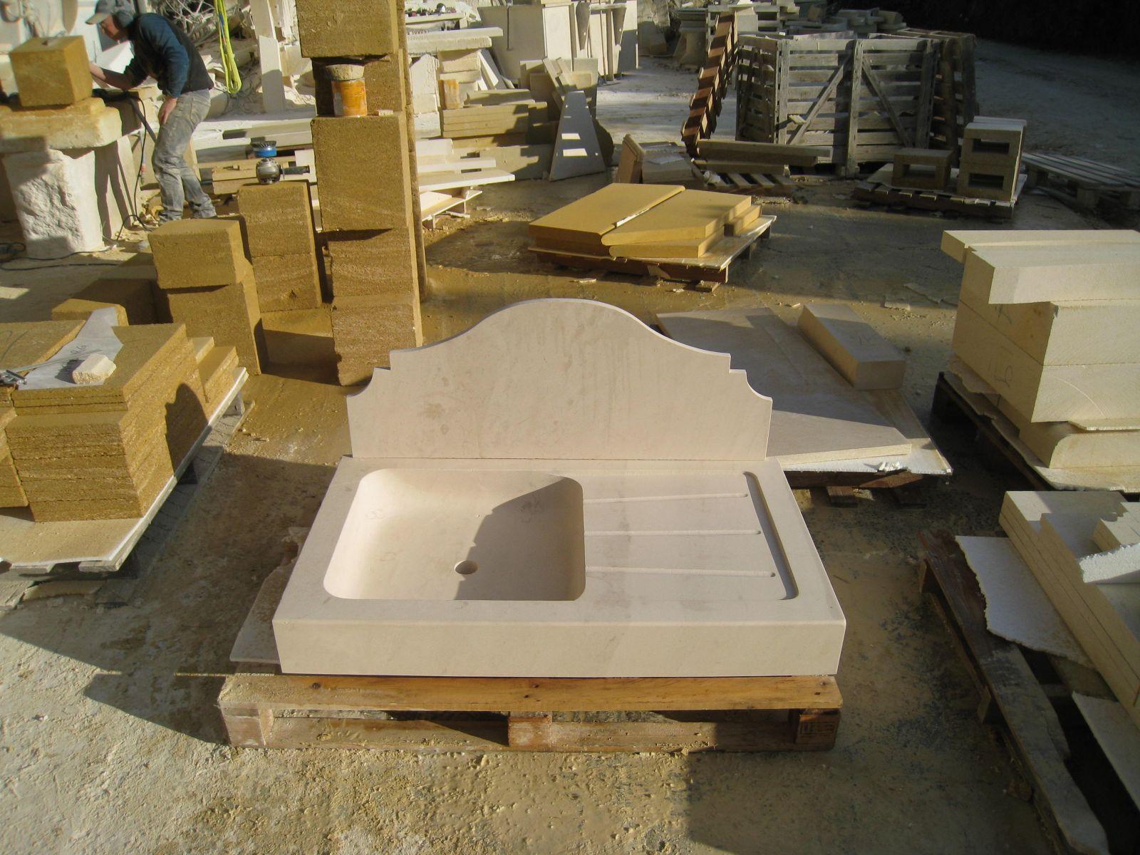 fabrication d 39 viers en pierre pour cuisine aix en. Black Bedroom Furniture Sets. Home Design Ideas