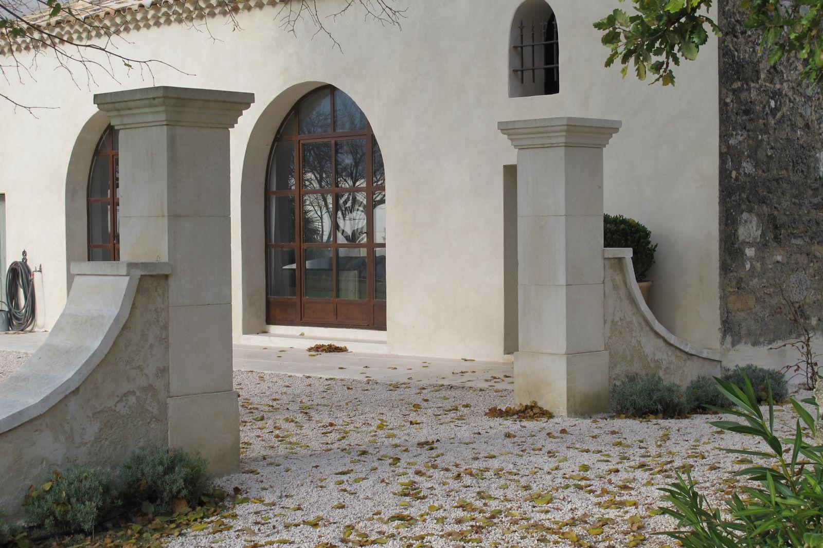 Pierre Naturelle Pour Facade piliers de portail en pierre naturelle à rognes - tailleur