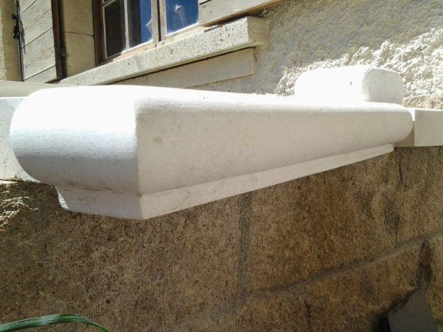 Appuis de fen tre direct fabricant en pierre naturelle aix for Rebord de fenetre en pierre